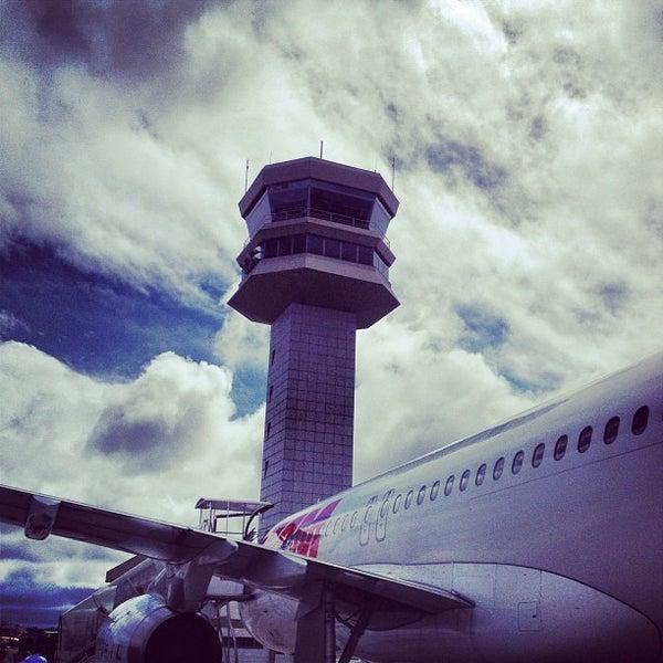 Снимок сделан в Международный аэропорт Конгоньяс/Сан-Паулу (CGH) пользователем Johnathan B. 2/4/2013