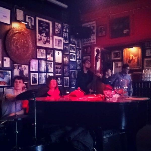 Photo taken at Arturo's Restaurant by Puu K. on 3/26/2013