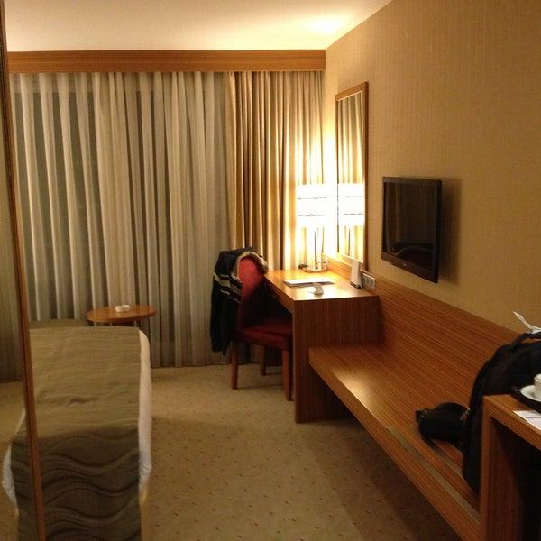 4/21/2013 tarihinde Adnan G.ziyaretçi tarafından Demora Hotel'de çekilen fotoğraf