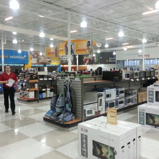 Hhgregg now closed electronics store in sterling for Hhgregg san diego