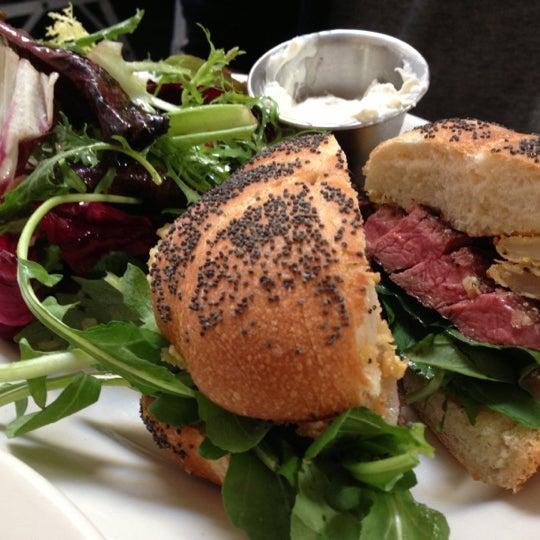 Photo taken at Universal Cafe by Iris N. on 11/4/2012