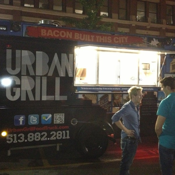 Photo taken at Urban Grill Food Truck by Michael on 6/1/2013