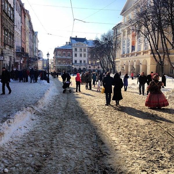 Снимок сделан в Площадь Рынок пользователем Андриан 3/17/2013