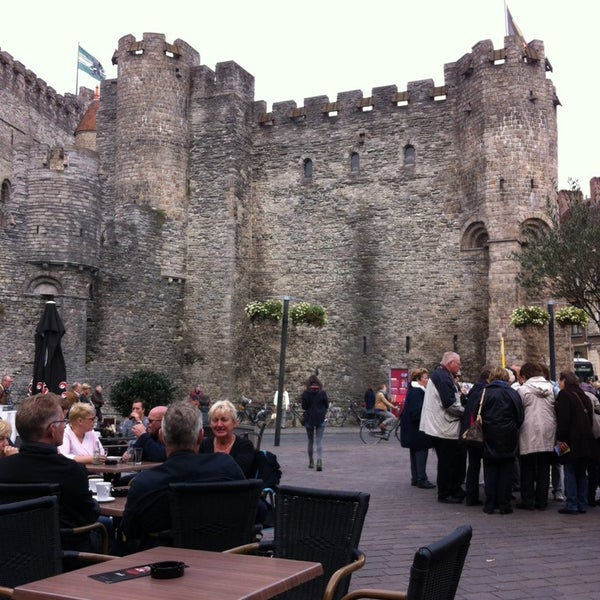 Photo taken at Castle of the Counts by Peter B. on 9/21/2013