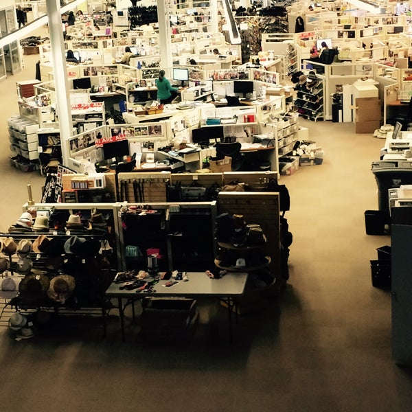 Dsw Designer Shoe Warehouse Home Office Port Columbus International Airport 3 Tips