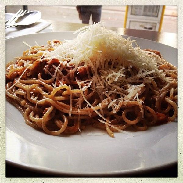 Das Foto wurde bei Pasta Presti von Kees R. am 9/9/2013 aufgenommen