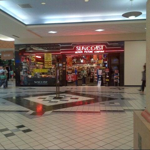 Shopping mall family restroom fucking 9