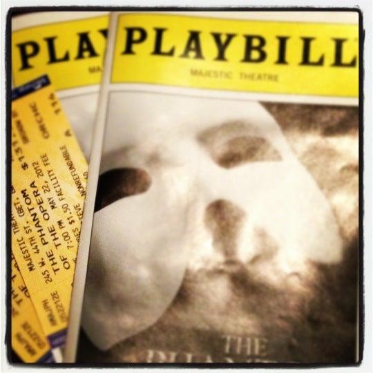 Foto tirada no(a) Majestic Theatre por Brian Q. em 5/23/2012