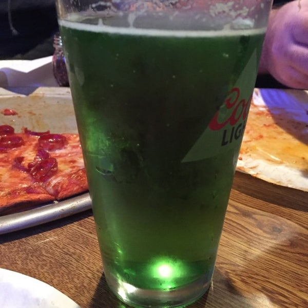 Photo taken at Star Tavern Pizzeria by William on 3/17/2017