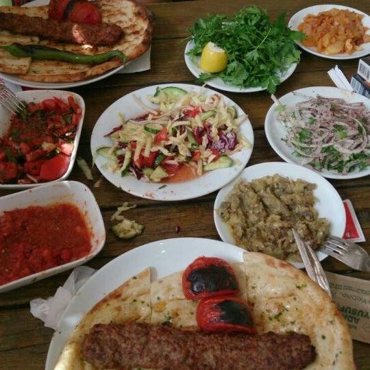 5/23/2013 tarihinde Yildiz a.ziyaretçi tarafından Adanalı Yusuf Usta'de çekilen fotoğraf