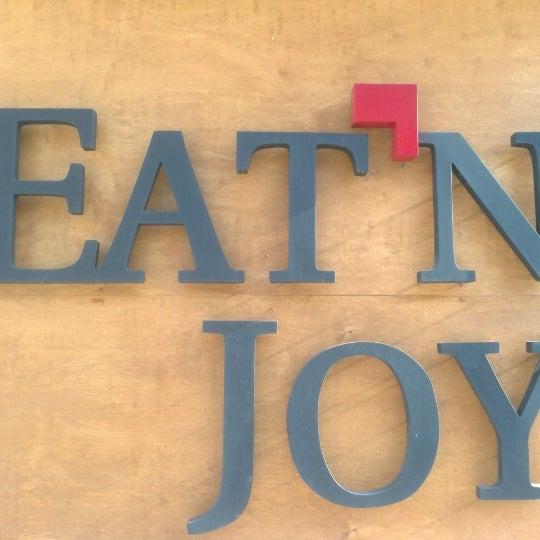 1/2/2013 tarihinde Engin K.ziyaretçi tarafından Eat'n Joy'de çekilen fotoğraf