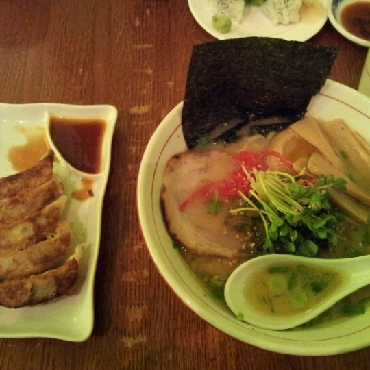 Photo taken at Noodle Cafe Zen by Yrena C. on 1/16/2013