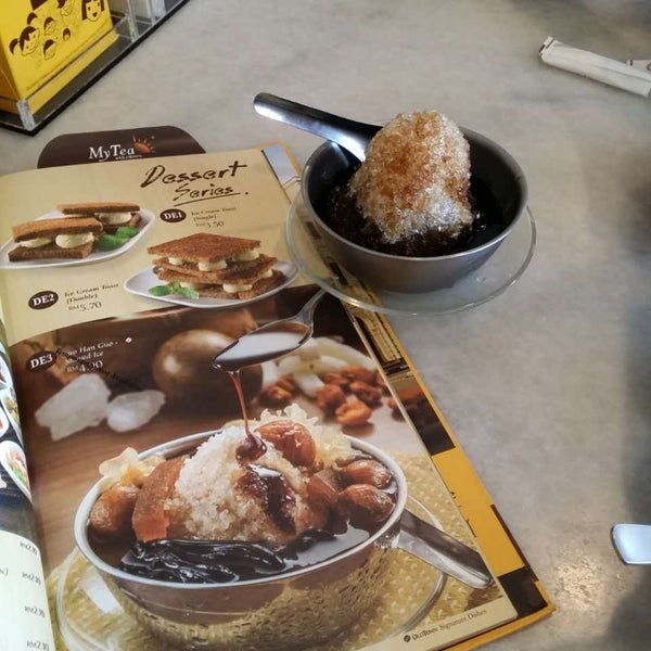 Photo taken at OldTown White Coffee by ғyии т. on 2/21/2016