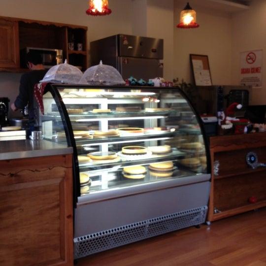 12/30/2012 tarihinde Ozgurziyaretçi tarafından Maria's Cheesecakes'de çekilen fotoğraf