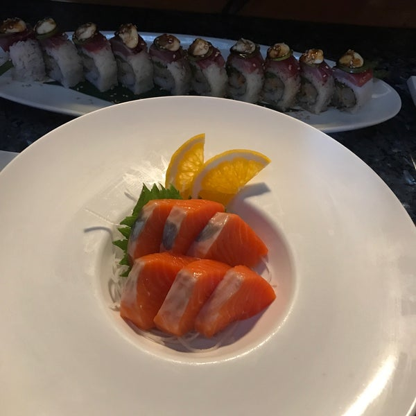 Photo taken at Harney Sushi by Kat Rylee S. on 8/30/2017