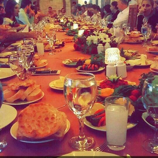 Photo prise au Club Paradiso Hotel & Resort par Tuğba E. le4/13/2016