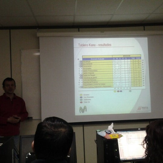 Foto tomada en Universidad Andrés Bello por Wilson S. el 10/20/2012