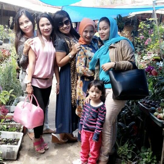 Photo taken at Pasar kaget berastagi by Elsana G. on 4/25/2013
