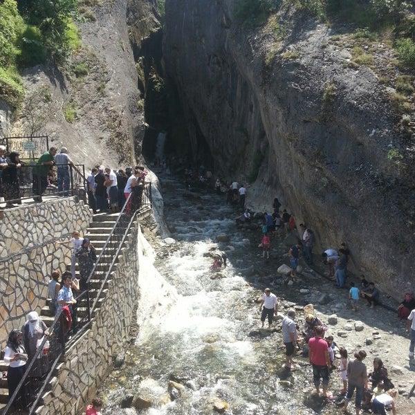 6/16/2013 tarihinde yusuf y.ziyaretçi tarafından Saitabat Şelalesi'de çekilen fotoğraf