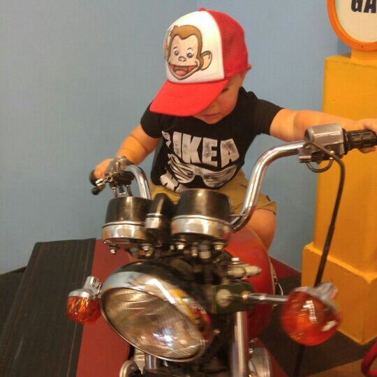 Photo taken at Long Island Children's Museum by Sean M. on 8/7/2015
