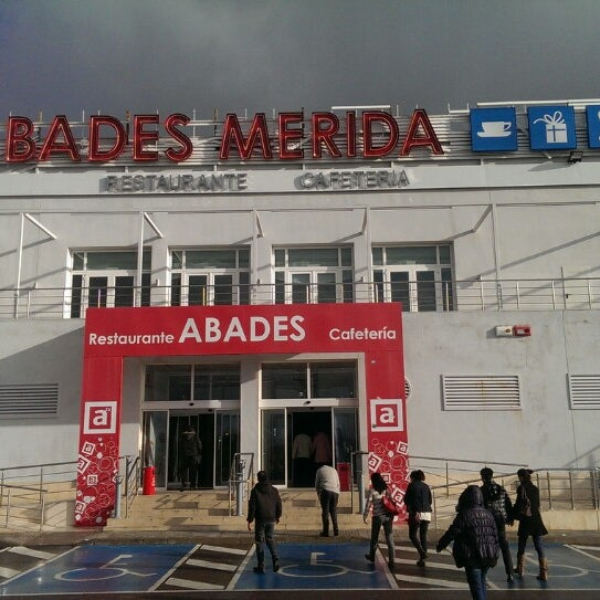 Photo taken at Abades Mérida by Elle T. on 2/3/2014