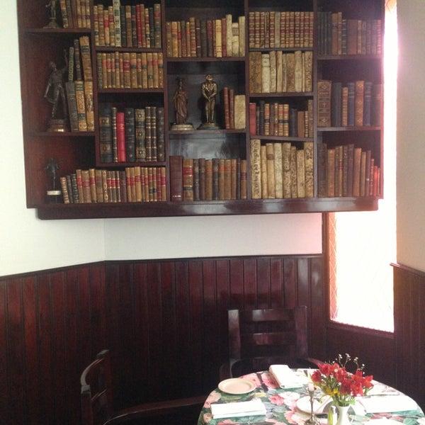 Foto tomada en Vienna Restaurant por Tania S. el 9/14/2013