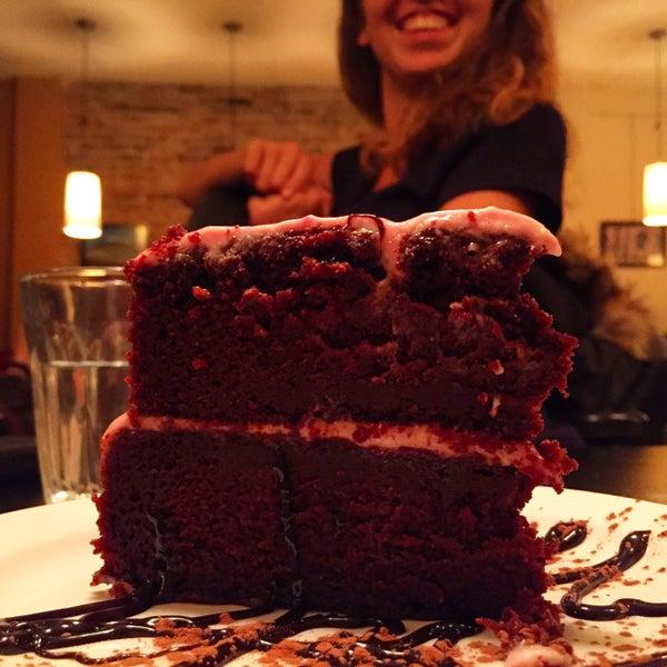 10/31/2016 tarihinde Anne S.ziyaretçi tarafından Café Lézard'de çekilen fotoğraf