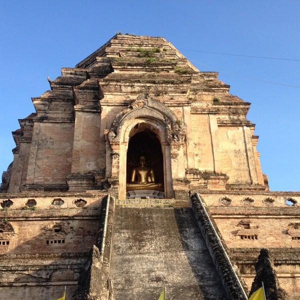 Photo taken at Wat Chedi Luang Varavihara by Nataly & Nick on 6/30/2013