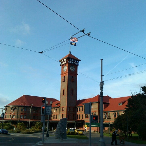 Photo taken at Union Station Amtrak (PDX) by Lia on 2/26/2013