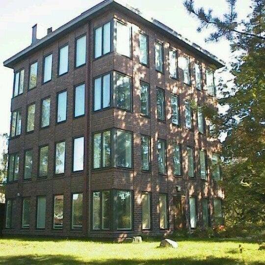 Tammisalon Pilvenpiirt 228 J 228 Building In Helsinki