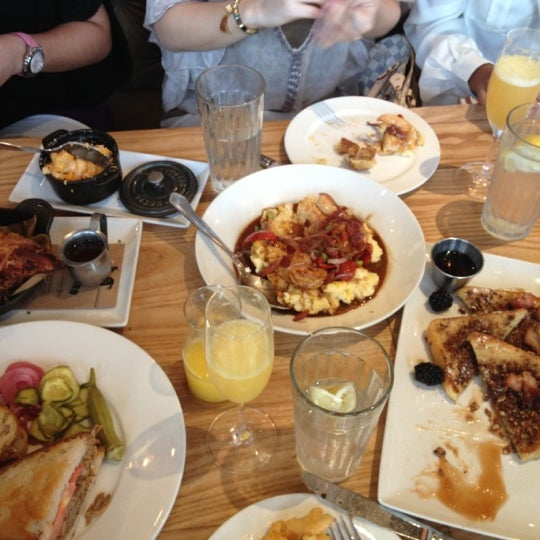 Photo taken at Yardbird Southern Table & Bar by Aubrey S. on 10/28/2012