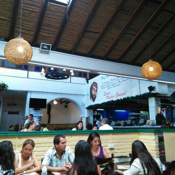 Foto tomada en Restaurante Tony por Hugo V. el 9/27/2015