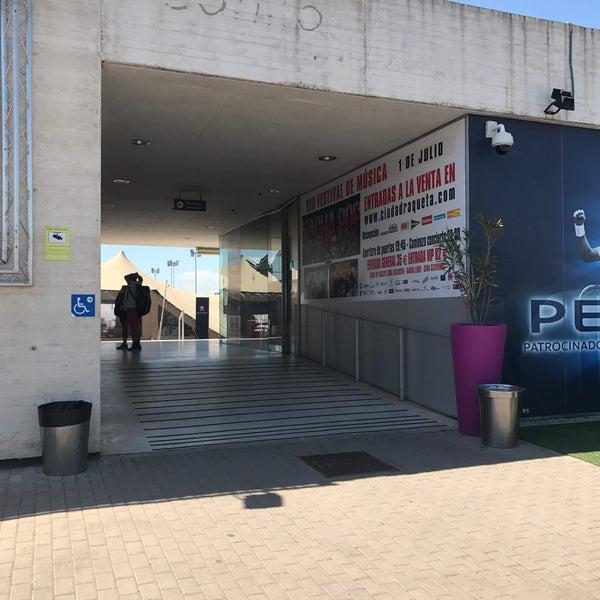 Photo taken at Ciudad de la Raqueta by Francisco T. on 4/11/2017