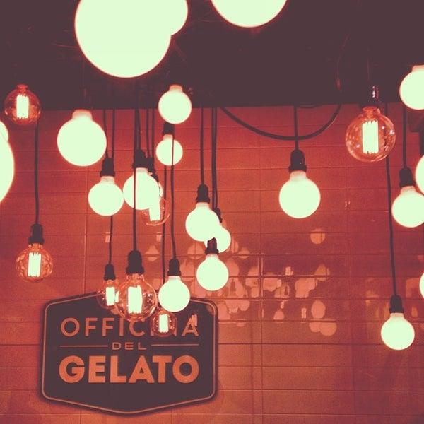 Foto tirada no(a) Officina del Gelato por scovino t. em 12/29/2013