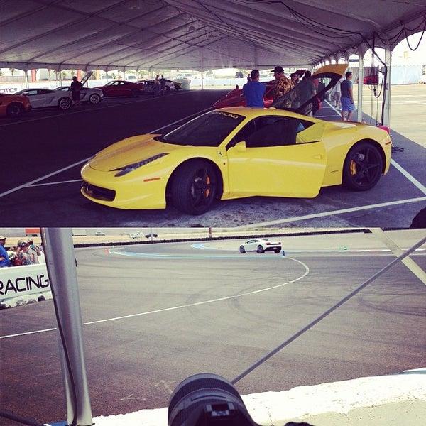 Foto tirada no(a) Exotics Racing por Jeremy em 6/29/2013