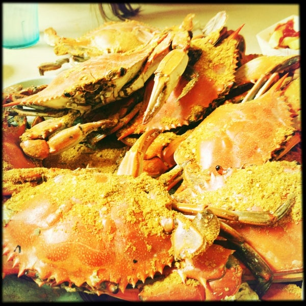 Photo taken at May's Crab & Seafood by PammyX on 6/26/2013