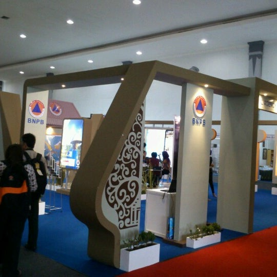 Photo taken at Jogja Expo Center (JEC) by hartanto on 10/25/2012