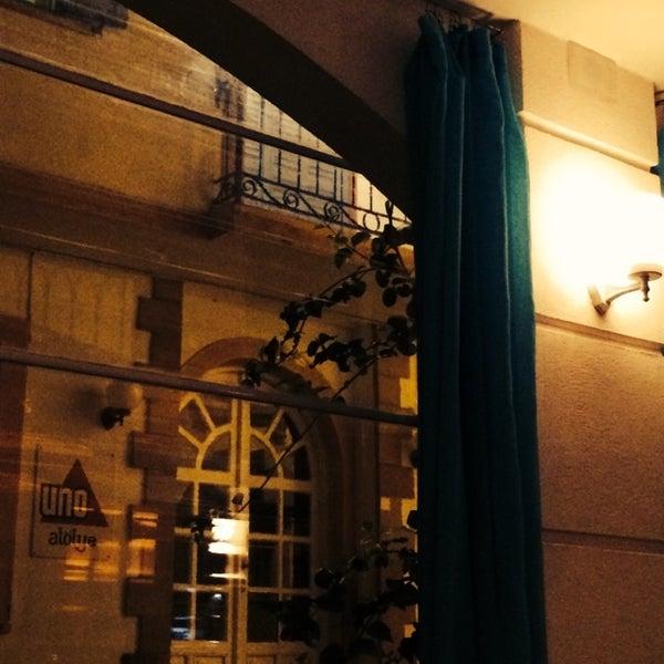 4/19/2014 tarihinde Cagla A.ziyaretçi tarafından Uno Restaurant'de çekilen fotoğraf