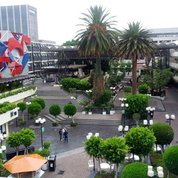 Foto tomada en Universidad La Salle por Mario R. el 5/13/2013