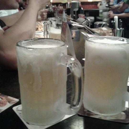 Foto tirada no(a) Outback Steakhouse por Carolina V. em 11/2/2012