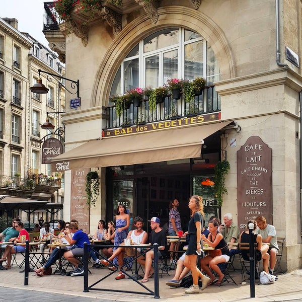 Where's Good? Holiday and vacation recommendations for Bordeaux, France. What's good to see, when's good to go and how's best to get there.