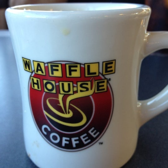 Photo taken at Waffle House by Will R. on 10/15/2012