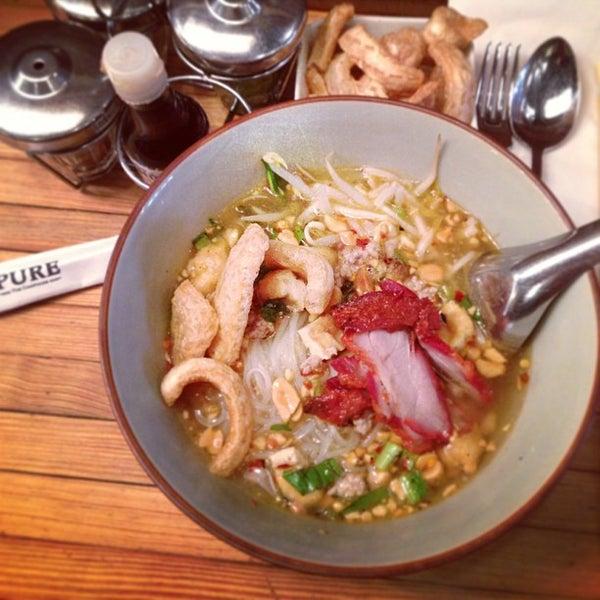 Foto tomada en Pure Thai Cookhouse por Ong A. el 2/16/2013