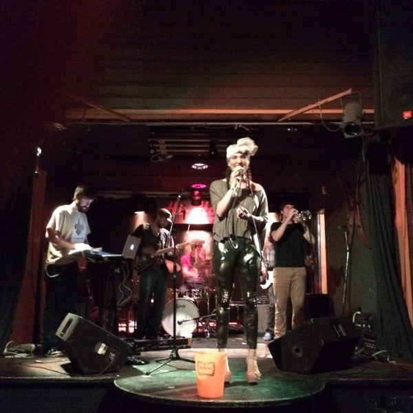 Photo taken at Hi-Ho Lounge by Duy C. on 3/29/2014