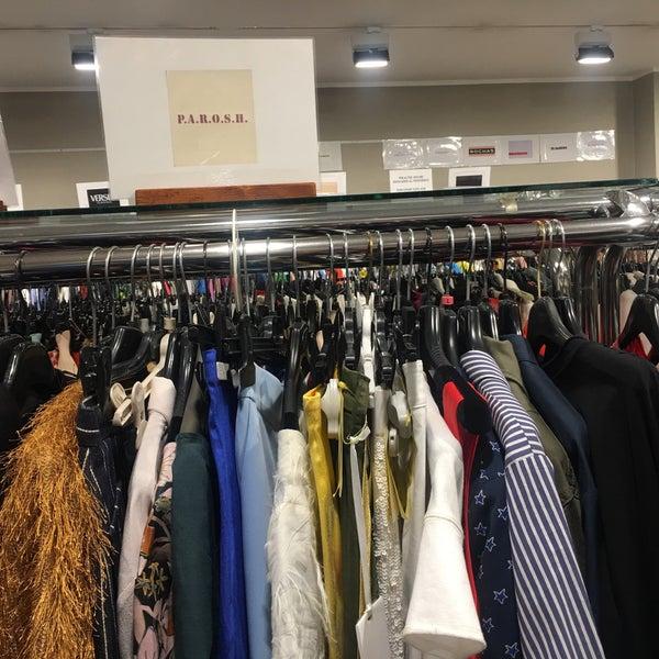 Fotos bei Il Salvagente Milano | Fashion Outlet - XXII Marzo ...