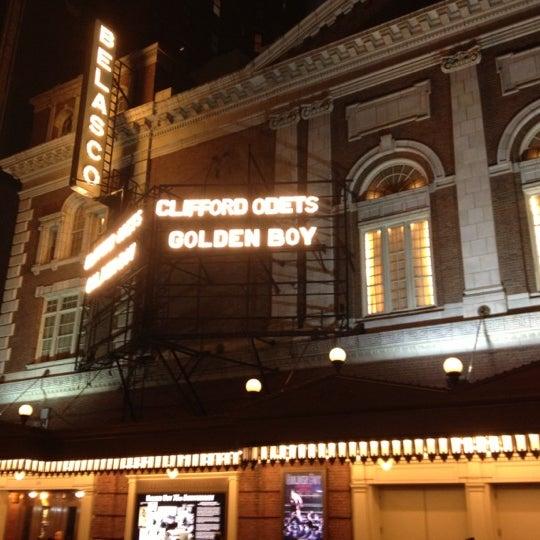 รูปภาพถ่ายที่ Belasco Theatre โดย Libby เมื่อ 11/21/2012