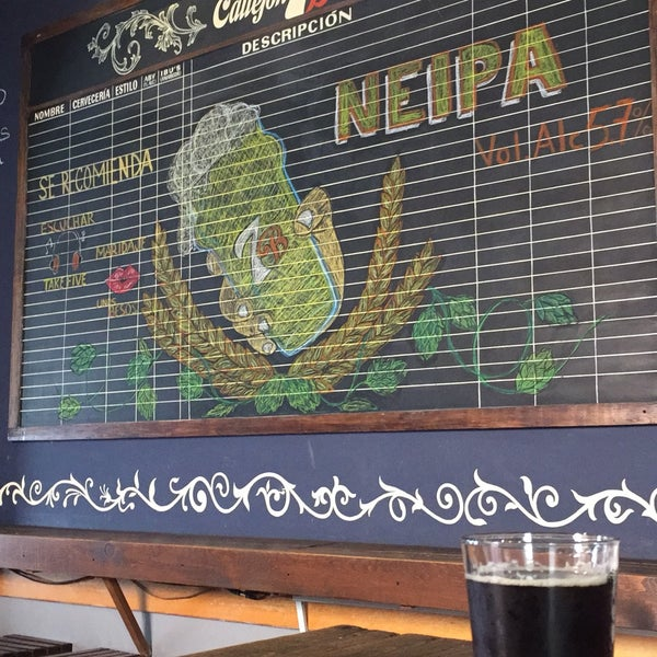 Lugar tranquilo y cervezas artesanales buenísimas