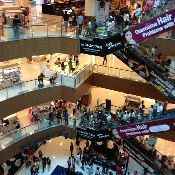 Photo taken at Gurney Plaza by Danial A. on 3/10/2013