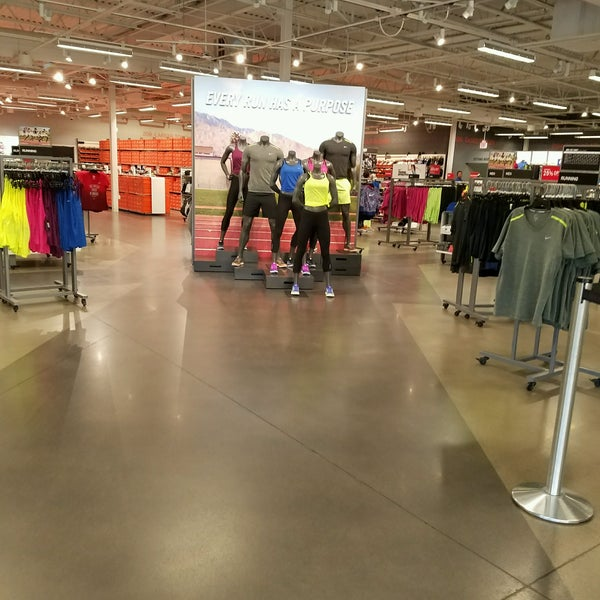 Oct 23, · A free inside look at NIKE hourly pay trends. 1, hourly pay for jobs at NIKE. Hourly Pay posted anonymously by NIKE employees. 25 Best Cities for Jobs NEW! Jobs; Company Reviews. – El Centro, CA Area – El Paso, TX Area – Eugene, OR Area – Fort Collins, CO Area.
