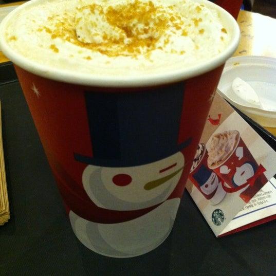 Photo taken at Starbucks by Hyun K. on 11/1/2012